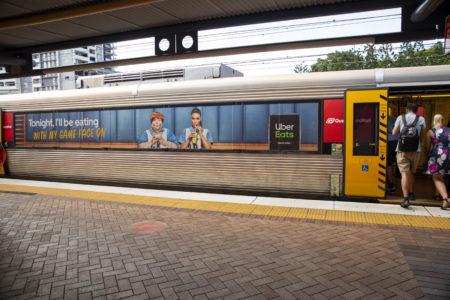BrisbaneTrains_UberEats_Trackview